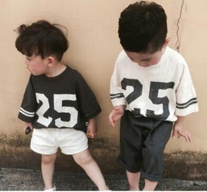 Kid's number T-shirts