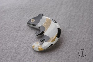 Chameleon brooch  6 colors