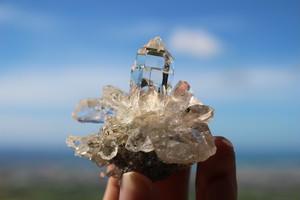 ヒマラヤ水晶クラスター マニハール産