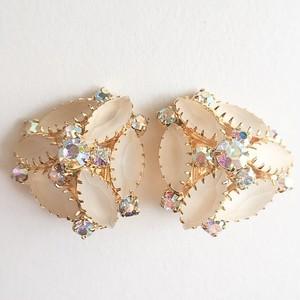 flosty white earring[e-866]