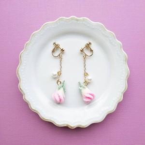 薔薇の花の砂糖漬け(ピンク) イヤリング/ピアス