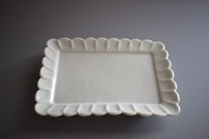 廣政 毅|白磁輪花角小皿