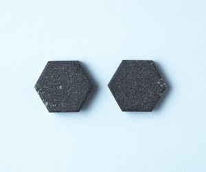 tile - hexagon - brown / pierce or earring