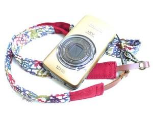 カメラストラップ 2㎝巾 コンパクトカメラ&携帯用 両面 紅型デザイン 反物 千鳥 赤