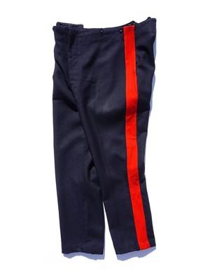 [イギリス軍] サイドライン ドレスパンツ ノータック ダークネイビー×レッド 実寸(W33〜34位)