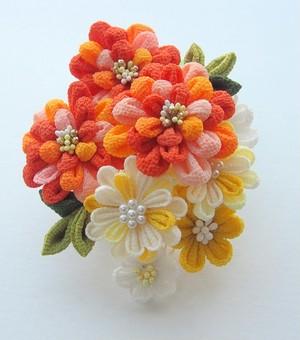オレンジの菊かんざし
