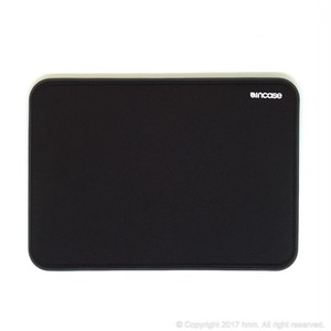 Incase ICON Sleeve with Tensaerlite for MacBook