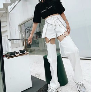 white chain loose pants