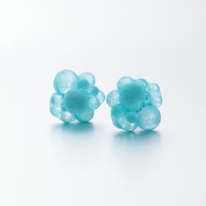 bubble pierce blue green