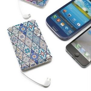 立体造形モバイルバッテリー(ブルーモロッコタイル)〔ケーブル内蔵・5000mAh〕【ラッピング対応】
