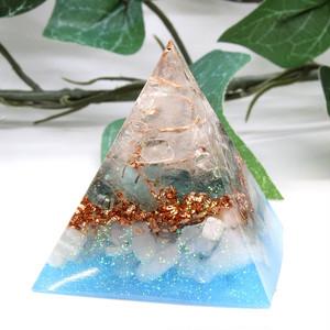 ピラミッド型Ⅱ オルゴナイト アパタイト&アクアマリン&ムーンストーン