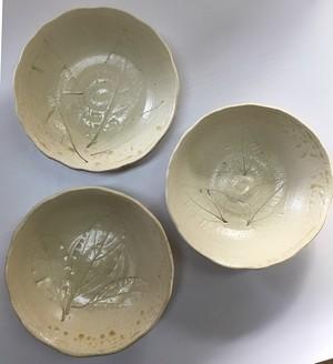 貝塚伊吹灰 木の葉紋様 中鉢