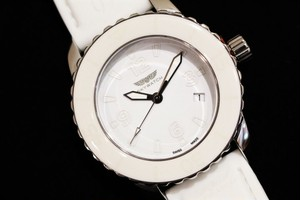 SKYWATCH CCI007-R 3Hand Movement All White