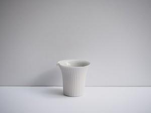 小林千恵 白磁ギザギザ茶海(片口)