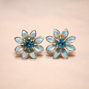 PRESTAGE  Flower screw back earrings