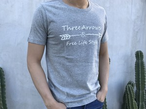ThreeArrowsロゴ Tシャツ(gray)
