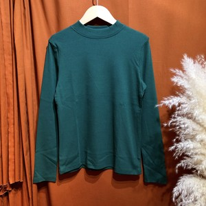 Mockneck color t-shirt  Color :  Green