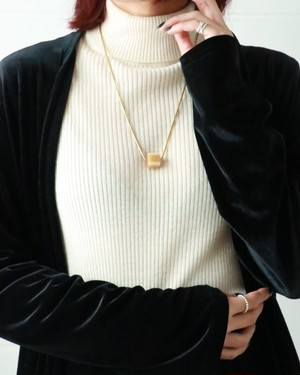 CHANEL yellow brown cube necklace