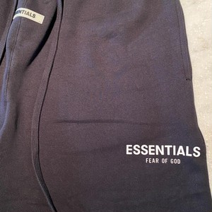 ESSENTIALS【エッセンシャルズ】RUBBER TAG PRINT SWEAT SHORTS ( BLACK).