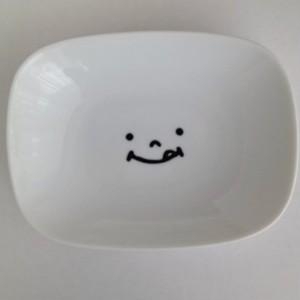 お皿 YUMMY