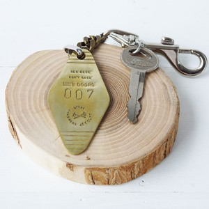 Series ANSWER KEY CHAIN 007 Vintage KEY+(SHORT TYPE) by DYANI