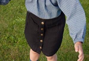 【140‐150㎝】しっかり素材のフロントボタンスカート