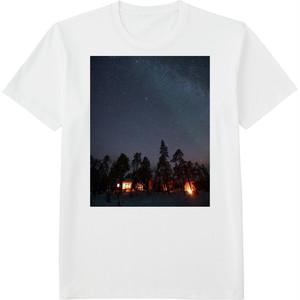 98.Finland100 Tシャツ / 星とオーロラ