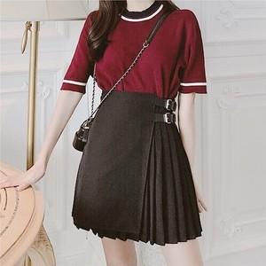 belt point pleated mini skirt