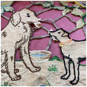 刺繍クロス ウォールデコ 犬 ヴィンテージ