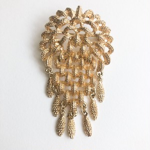 gold filigree brooch[b-254]