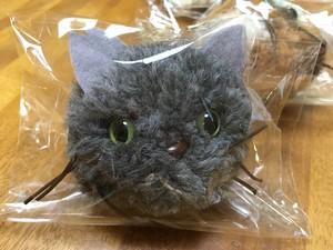猫 ボンボンチャーム(色柄指定はできません)