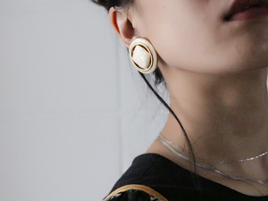 dead stock off white earrings