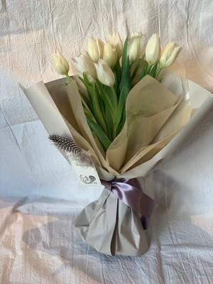 tulip bouquet-White-