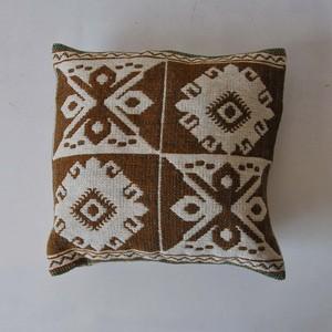 クッションカバー ヤノフ村の織物 (3013)