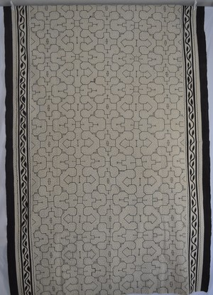 ベッドカバー230x150cm 超特大白 シピボ族の泥染め 草木染め