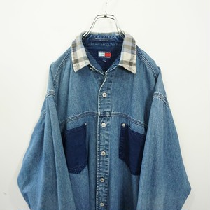 90s TOMMY HILFIGER denim shirt