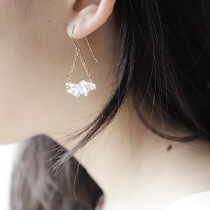 水晶のブランコピアス 14KGF
