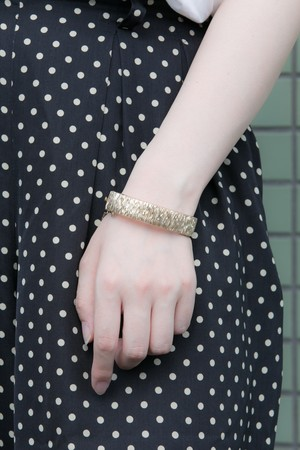 【Run Rabbit Run Vintage 】Gold color pattern bangle
