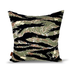 【CAMO TIGER】 クッション