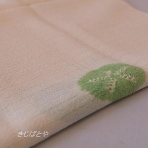 正絹絽 アイボリーにカシパンの絞りの帯揚げ