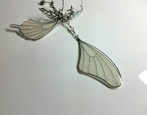 蝶の死骸 ピアス