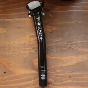 THOMSON masterpiece seatpost SETBACK / Black