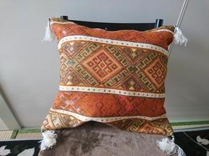 手織りキリムのクッションカバー8