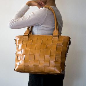 家具用・牛革製 / 編み革、メッシュレザー/ショルダー付・2WAY レザートートバッグ/ キャメルブラウン / A4すっぽり