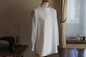 白のコックシャツ