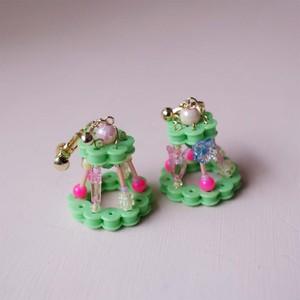 [only yun yun] 3D Garden イヤリング /グリーン