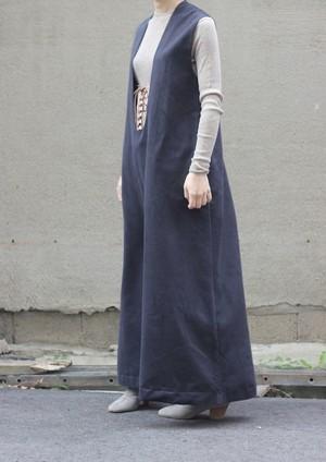 Deep u neck dress