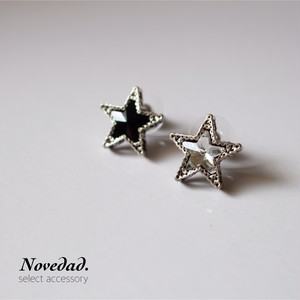 monotone Star pierce