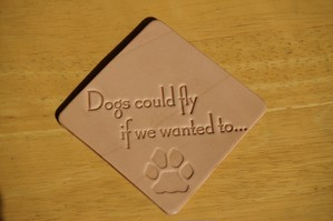 レザーコースター 刻印(スヌーピー名言 もし望めば犬だって…)デザイン1(ナチュラル)