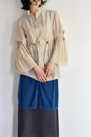 AKIRAFURUKAWA frill blouse